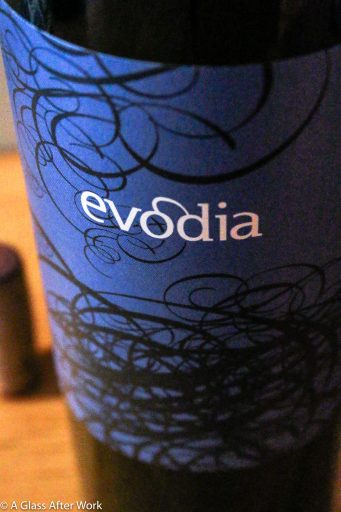 2015 Altovinum Evodia Garnacha - This red wine from Spain can be found for under $10, but your guests will never guess because it is a luscious, versatile wine. Whether opening it over appetizers, a dinner of white or red meat, or just open a bottle in front of a cozy fire with friends, it's hard to beat this quality price ratio. Rating: 4 out of 5. | AGlassAfterWork.com